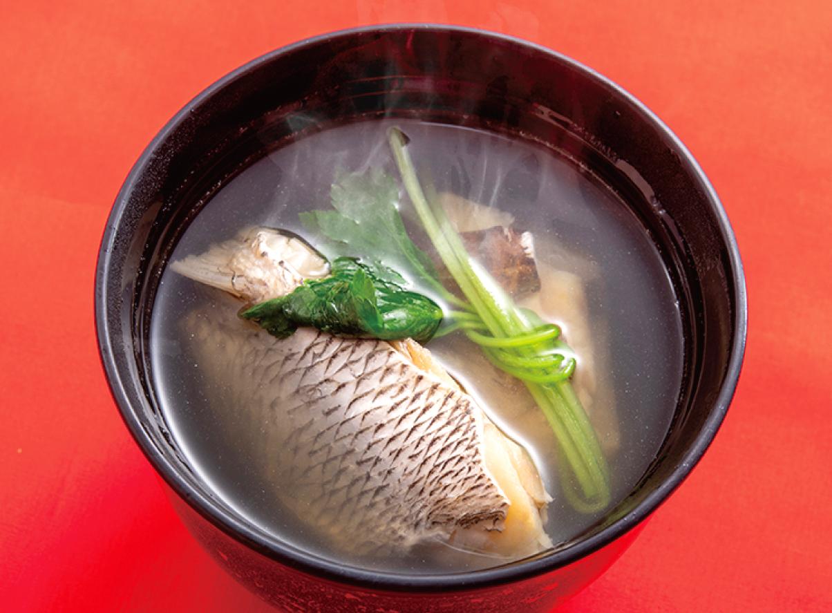 鯛の身たっぷりの潮汁